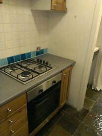 2 bed cottage to let - central Penzance