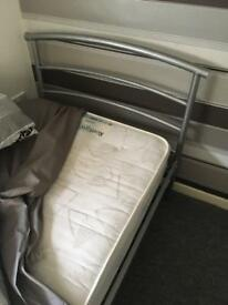 New single bed & mattress with new pillow & quilt