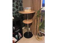 Bar 'poser' table
