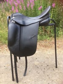 """Albion Platinum Ultima dressage saddle, black, 17.5"""", m/w fit, narrow seat, with added flair"""