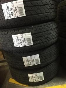 225/65/17 Toyo Open Country H/T Allseasons tires
