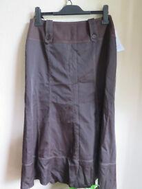 Ladies Midi skirt new