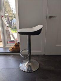 Black white bar stools