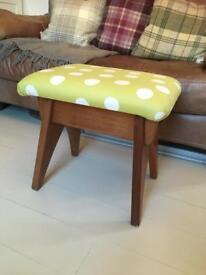Retro side stool polka dot green