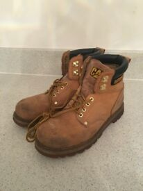 Men's Cat boots, size 10