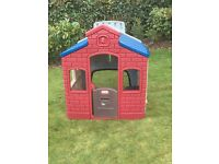 Little Tikes Town Playhouse - Great condition