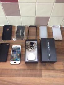 iPhone 5 o2 16gb with accessories