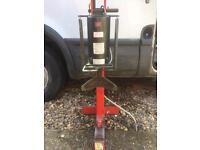 Garage / mobile repair van tyre bead breaker