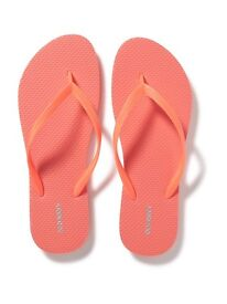 Old Navy Coral Pink Flit flops Size 6 x 2