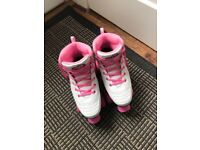 Size 6 women's skates (only worn once)