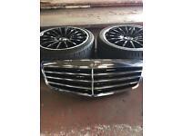 Genuine Mercedes E CLASS SALOON grill