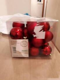BRAND NEW PACK OF 50 RED CHRISTMAS BAUBLES