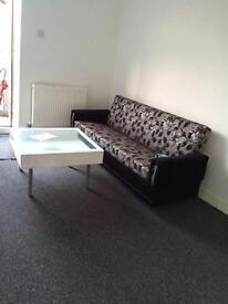 1 x big Single room in LE2 1HH