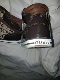 Guess trainers