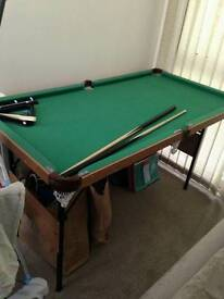 Childrens snooker/pool table 4ft 6inches