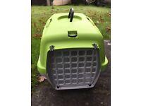 Small plastic animal/ pet Rabbit/Guinea pig carrier
