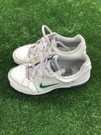 Nike junior golf shoes - Size 1.5