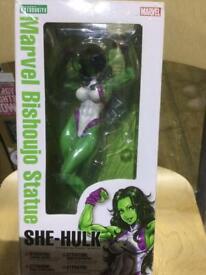 Bishoujo She-hulk statue