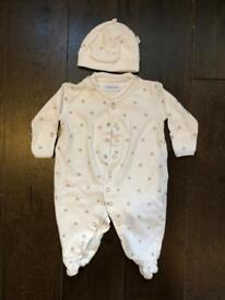 Jojo Maman Bebe baby clothes newborn and 0-3 months