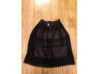 Very skirt