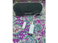 Philips iPad/iPod dock speaker and romote