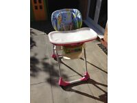 Chicco Polly 2-In-1 Highchair RRP £100 Great condition BRAND NEW SEAT LINER unused £50 ono Baby