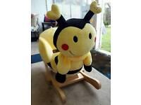 Babylo rocking Bumblebee