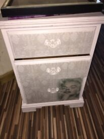 Marilyn Monroe chest of drawers
