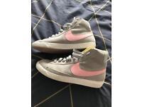Nike Girls/Ladies High Tops