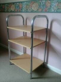 Table with fixed shelves