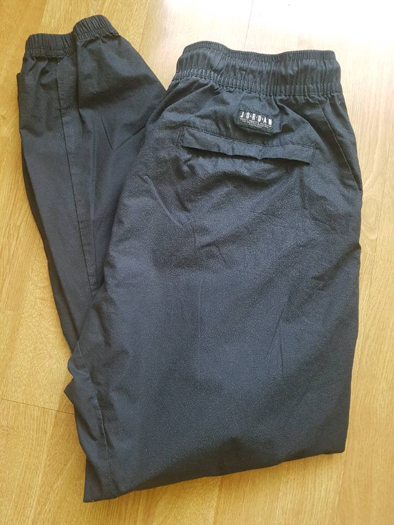 2d8c66d6d9a6f3 NEW LARGE NIKE JORDAN SWEATPANTS. IMMACULATE CONDITION - DARK GREY    CHARCOAL COLOUR