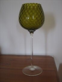STUNNING Delicate Scandinavian Tall Glass vase Ornament (+60 Years Old - Possibly Empoli?)