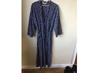 A plus size 22 cotton navy and white dressing gown in perfect condition.