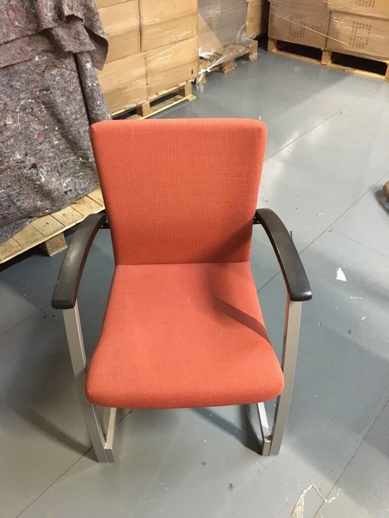 8 x cushioned chairs
