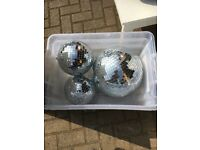 Glitter balls second had a few marks on see picture different sizes