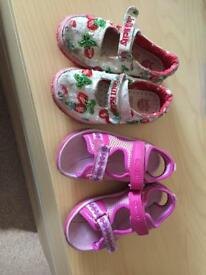 Girls size 8 summer shoes