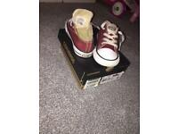Unisex trainers sizes 9 to 10.5