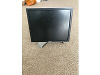 HP 17-inch Dell 1708FPt TFT LCD Flat Panel Monitor