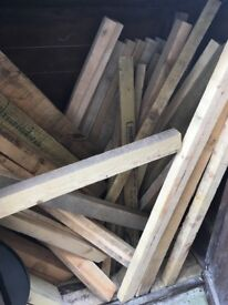 Treated / untreated wood posts wooden posts