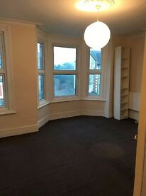 2 BEDROOM REFURB FLAT TURNPIKE LANE/WOOD GREEN HORNSEY NORTH LONDON