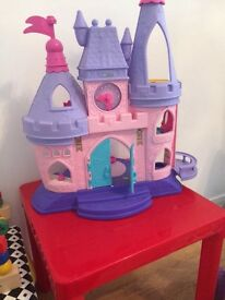 Disney musical castle with 12 figures