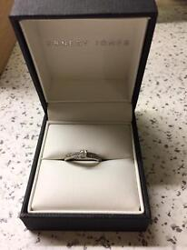 Ernest Jones engagement ring 9ct white gold size K