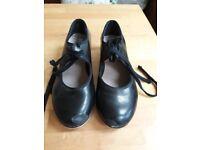 Bloch Tap Shoes UK 1.5