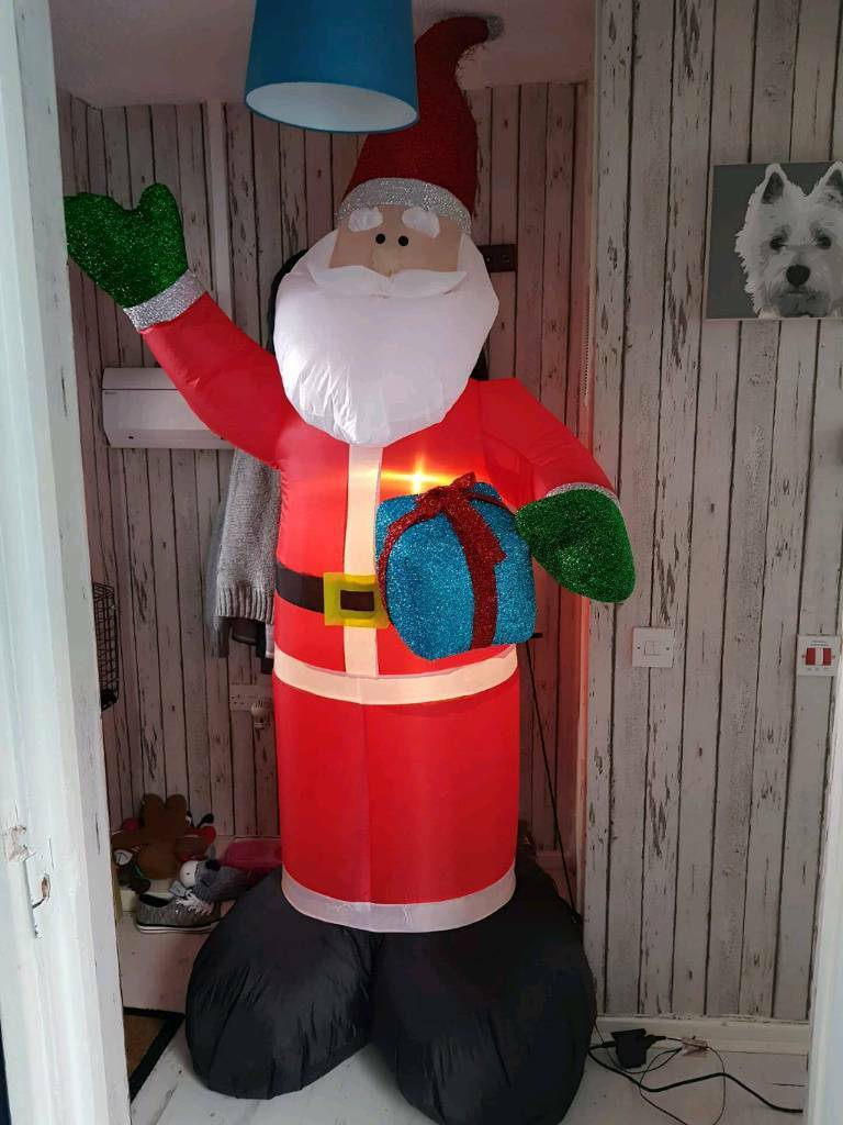 8ft Santa with lights