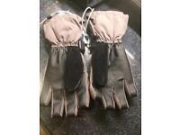 O'Neill grey skiing gloves. Small/Medium men's size.