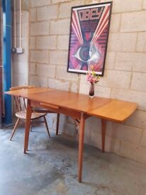 Vintage Oak Mid Century Extending Table