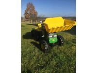 John Deere ride on tractor and trailer with front loader