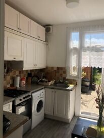 Beautiful 3 Bedroom Terraced House to Let off from Water Lane Ilford IG3 9HL