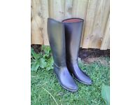 Girls long riding boots size 37.