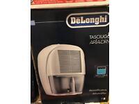 De'Longhi DEM10 Compact - Dehumidifier